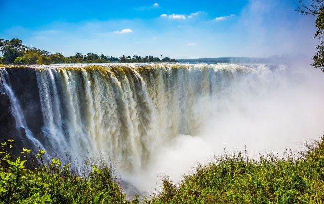 What is the best time to visit Zambia?